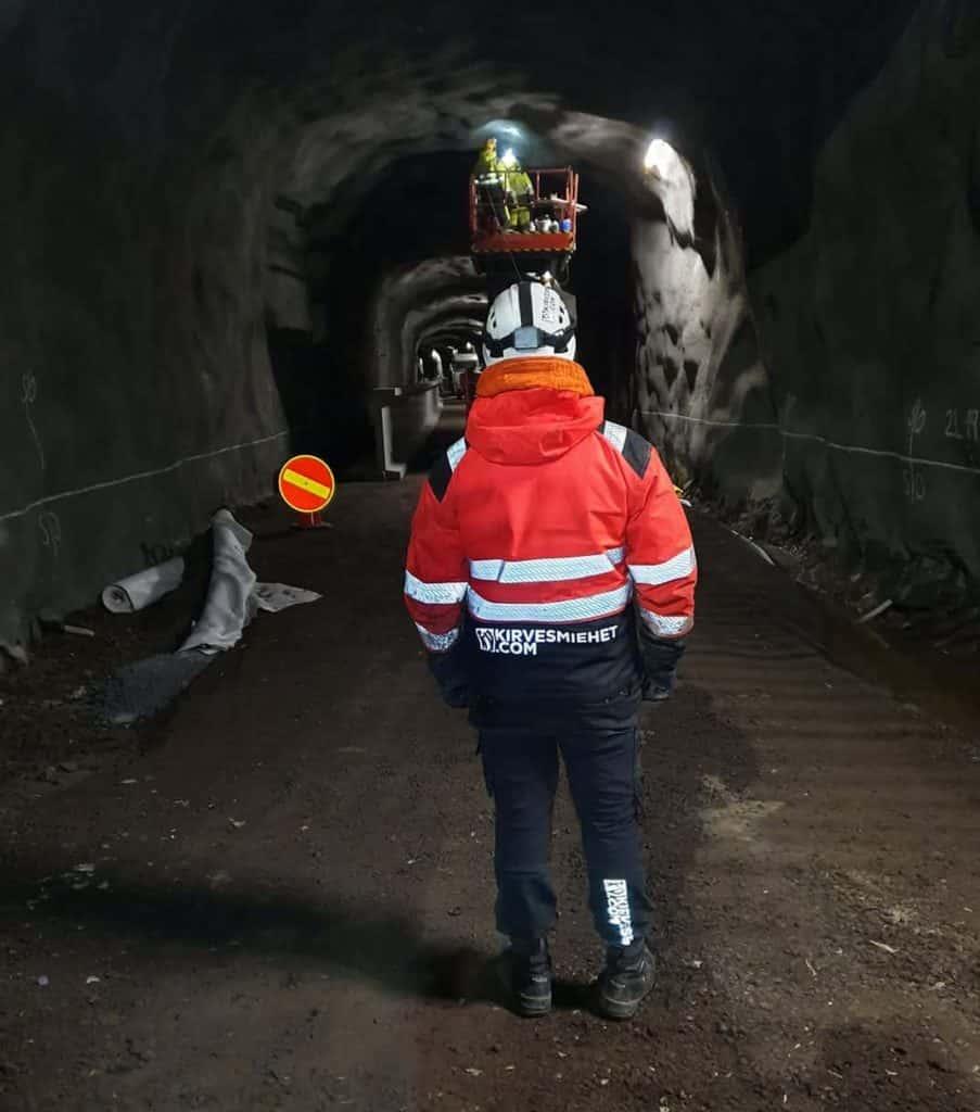 Tunnelityöt edistymässä Länsimetrolla